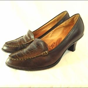 Sofft Womens Brown Leather Crocs Heels Pumps 8 M
